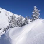 Schneebedeckte Hänge