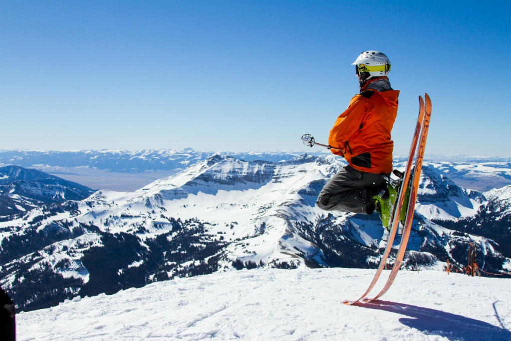 Der Ausrüstung und im Besonderen dem Skihelm sollte viel Aufmerksamkeit gewidmet werden