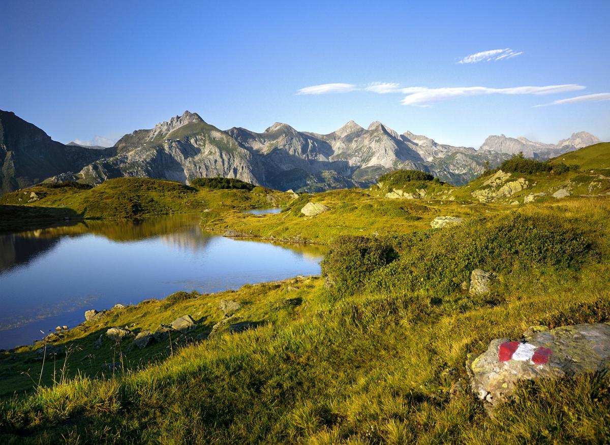 So schaut's im Sommer in Obertauern aus, wenn zahlreiche Wanderwege und Almhütten locken.