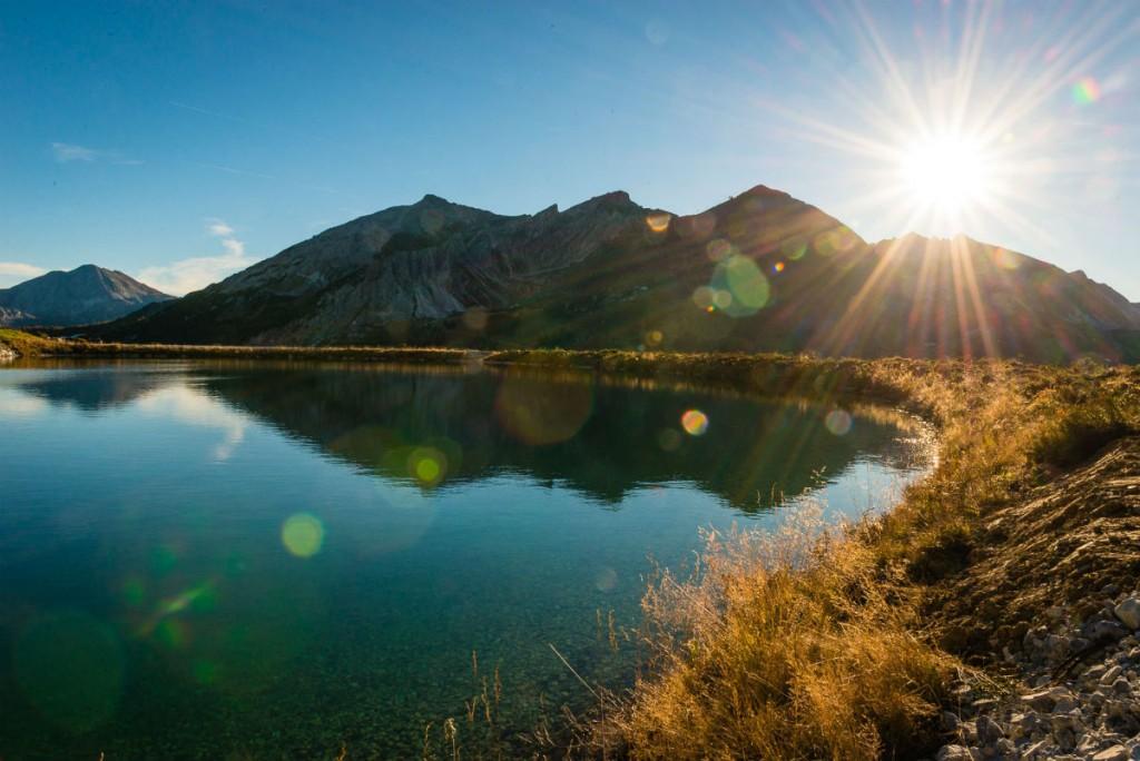 Was könnte einen mehr entspannen, als eine kleine Wanderung am See?